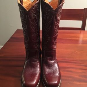 Frye Cowgirl Boots size 8